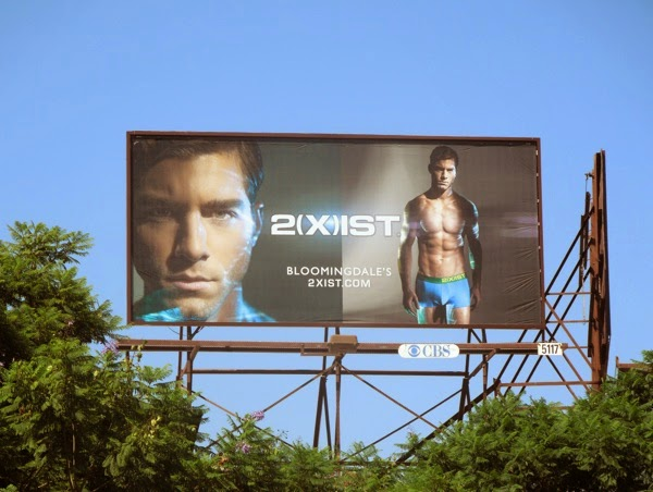 2(X)ist electric underwear billboard