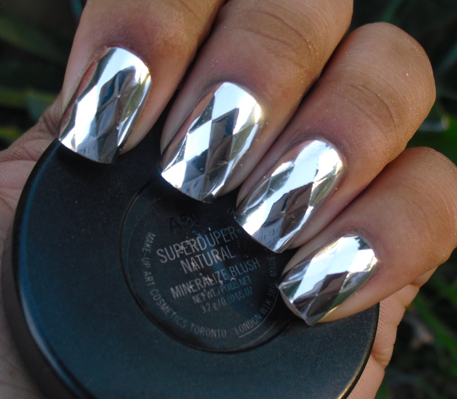 metallic-nails-nail-bliss-press-ons