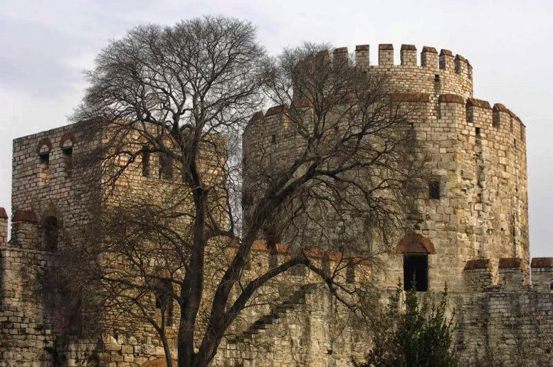 قلعة ييديكولي في اسطنبول