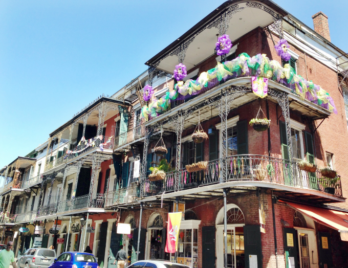 new orleans french quarter balcony