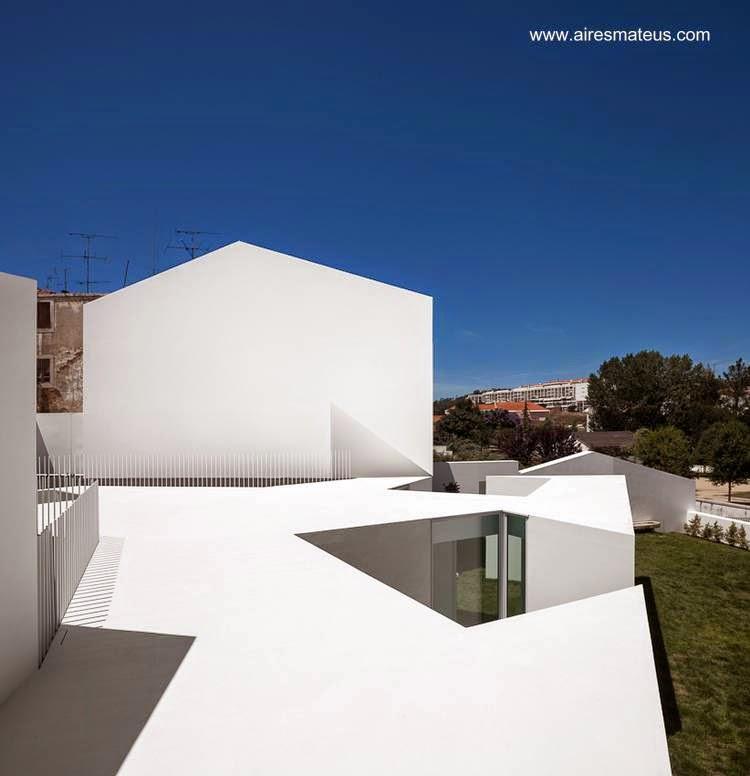 Casa residencial minimalista en Alcobaca, Portugal