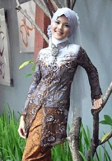 Model Kebaya Muslim, Aneka Model Kebaya Muslim, Contoh Model Kebaya Muslim Terbaru tahun 2011 ini
