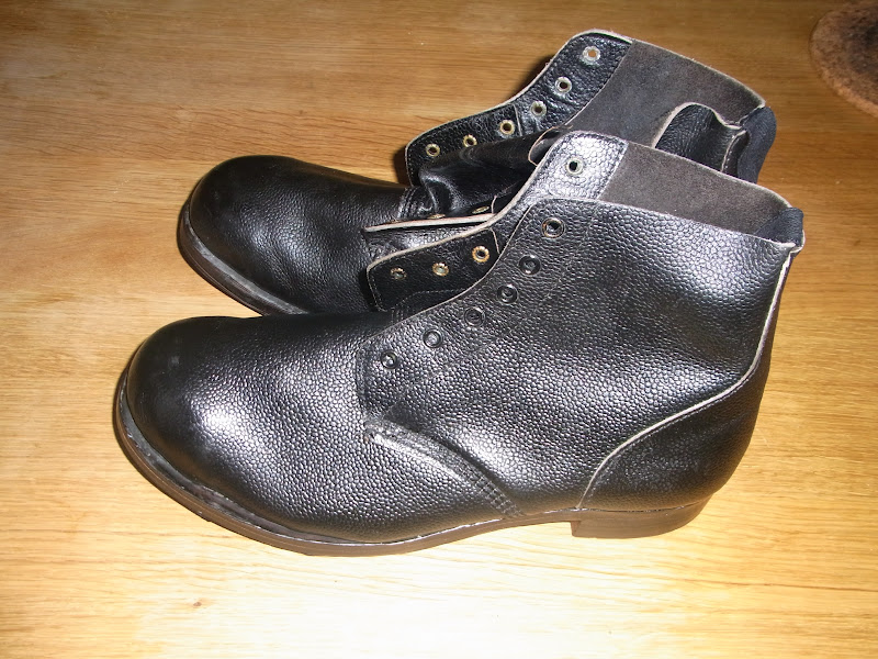 Navyboot Schoudertas : My old army boots royal navy