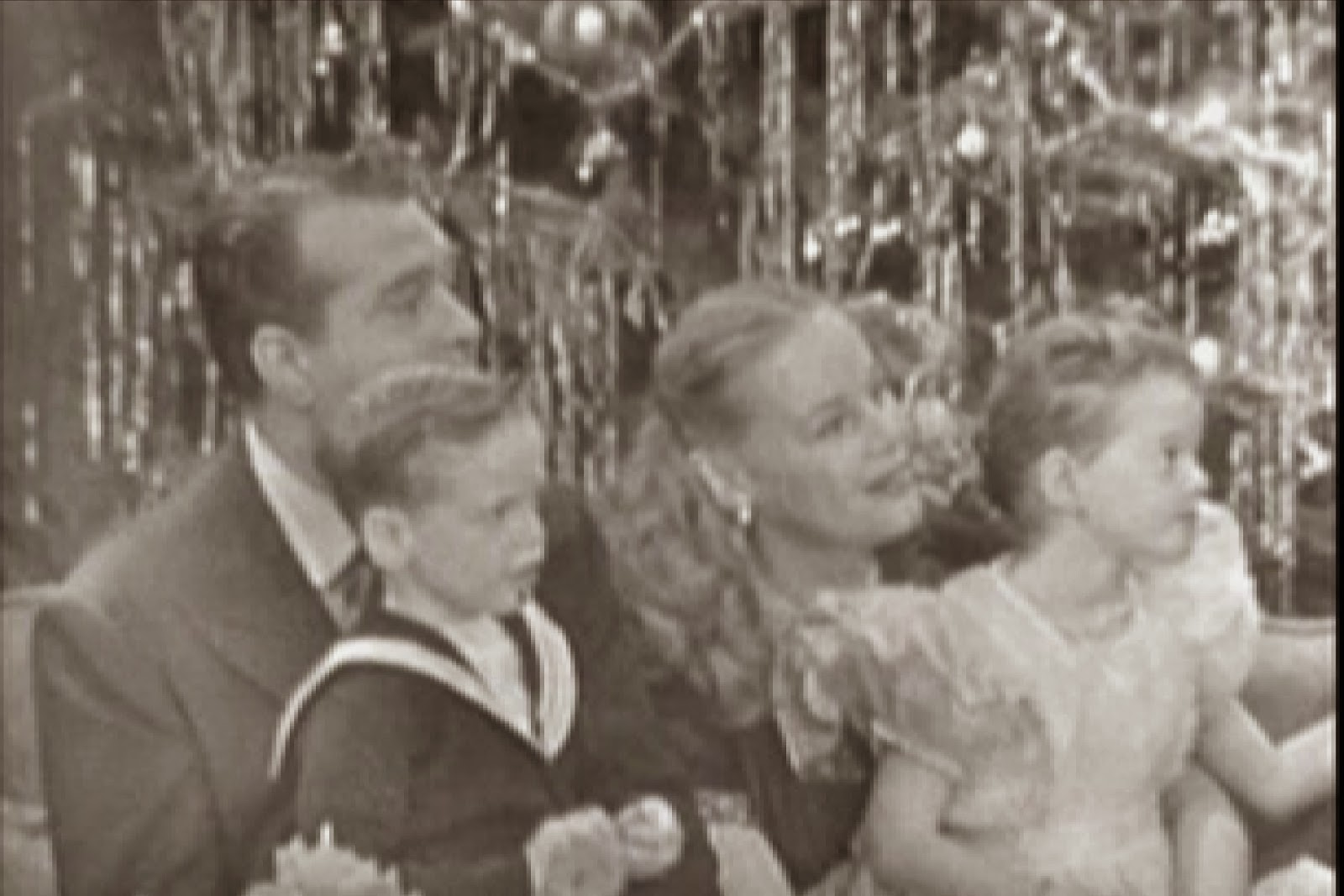 1951 the skeltons at home - 2014 Christmas Shows On Tv