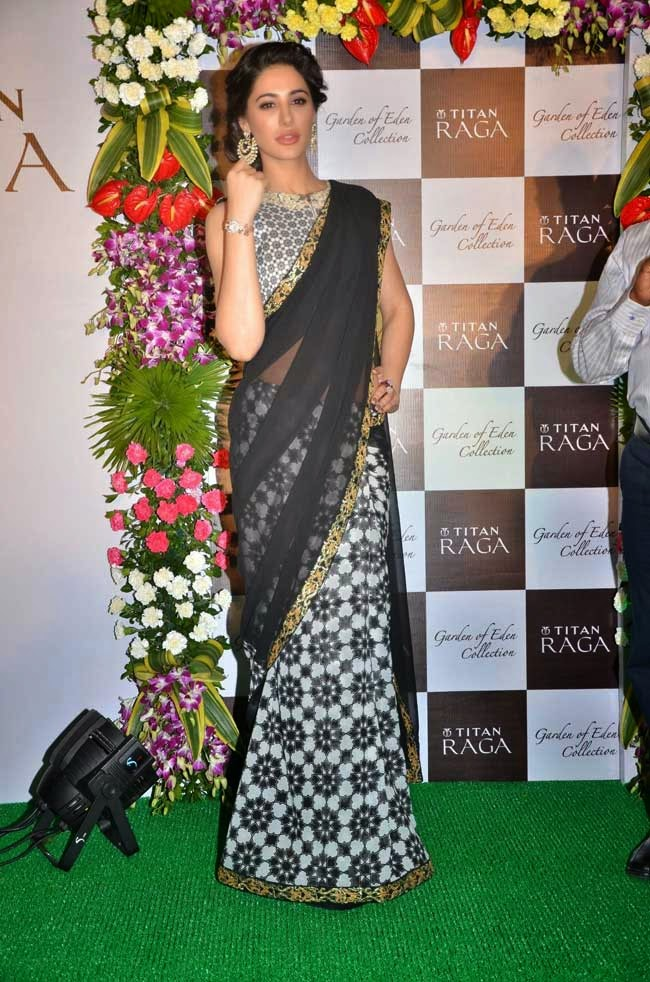 Nargis Fakhri In Half and Half Saree