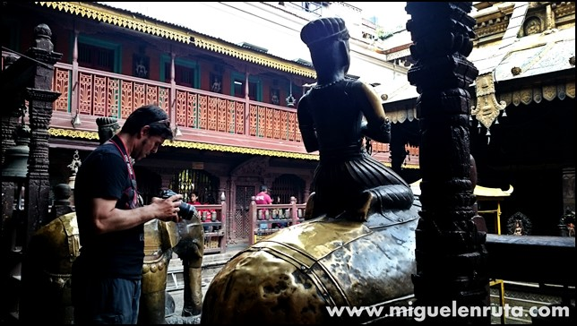 Golden-Temple-Patan-Nepal_3