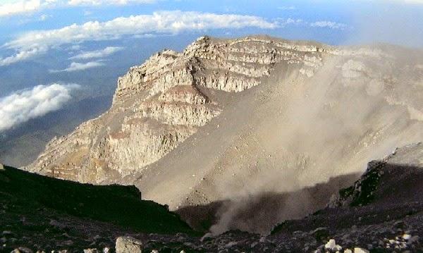 Pemandangan indah Gunung Semeru