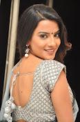 Jyothi seth sizzling saree photos-thumbnail-4