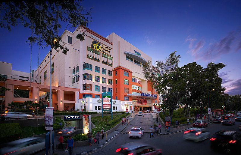 """operations objectives at the penang mutiara The aim of the paper """"operations objectives at the penang mutiara"""" is to analyze coordination of the staff and employees of the hotel to."""