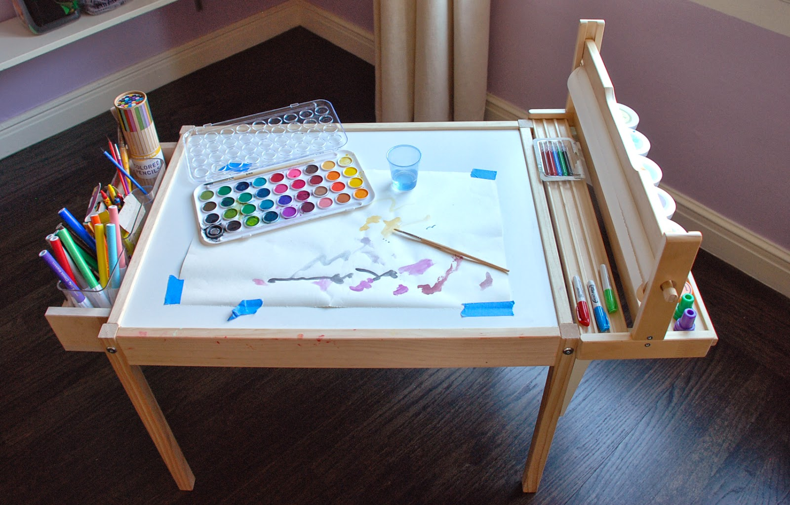 images of kids craft table with paper roll 50 best ikea. Black Bedroom Furniture Sets. Home Design Ideas