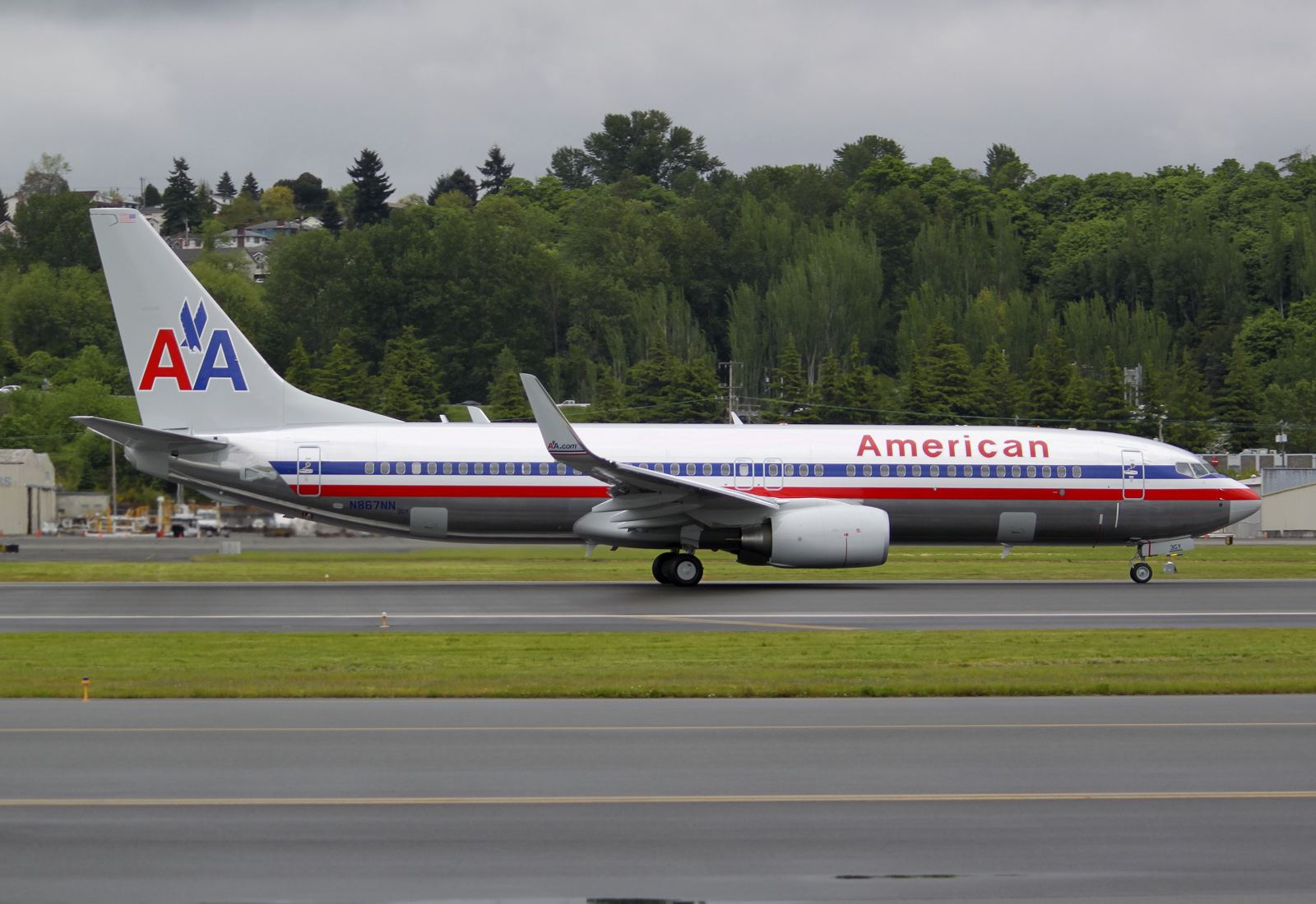 Aero Pacific Flightlines: American Airlines receives first 737-823 ...