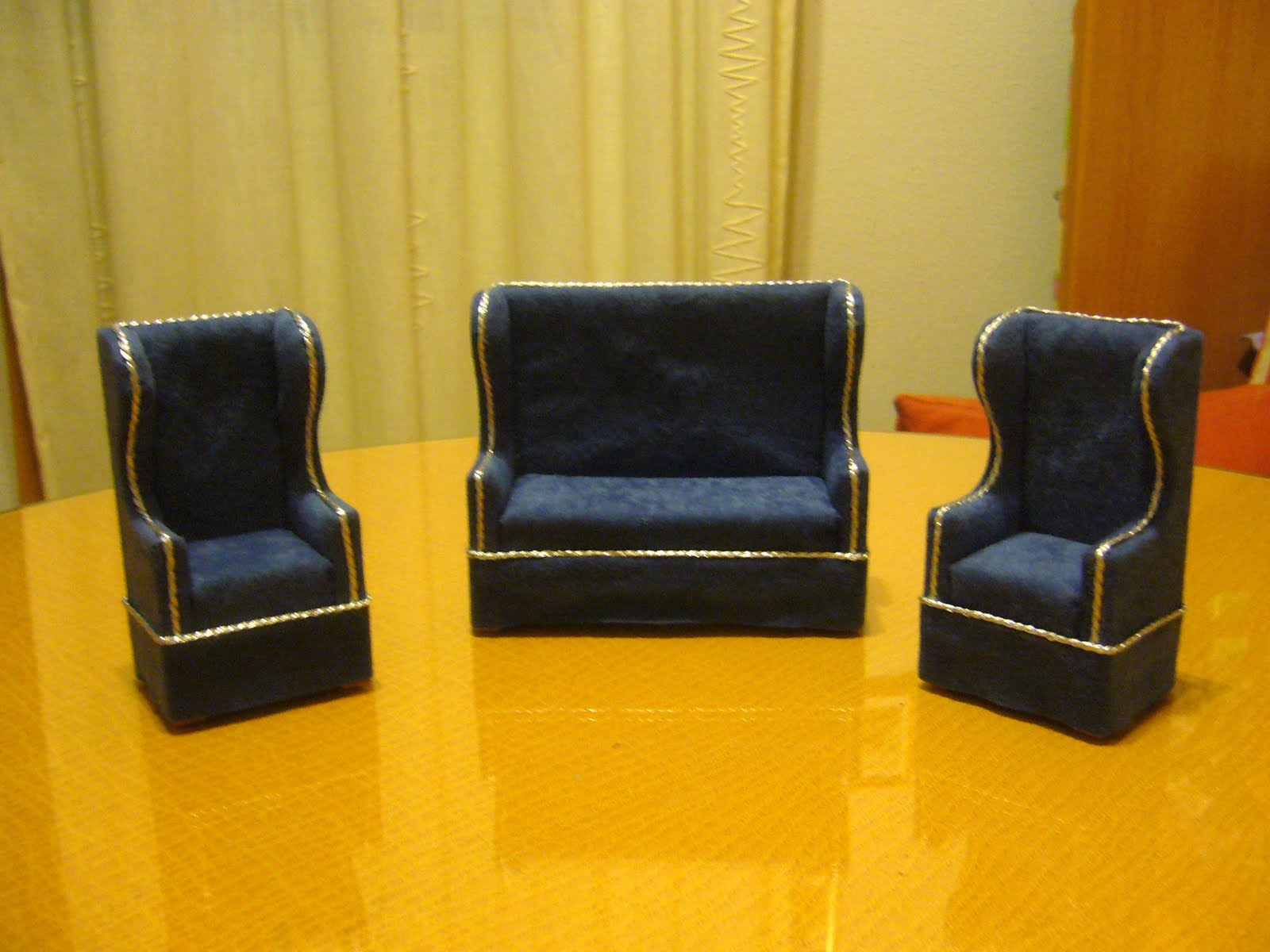 El rincon de los deseos muebles en miniatura - Muebles el tresillo ...