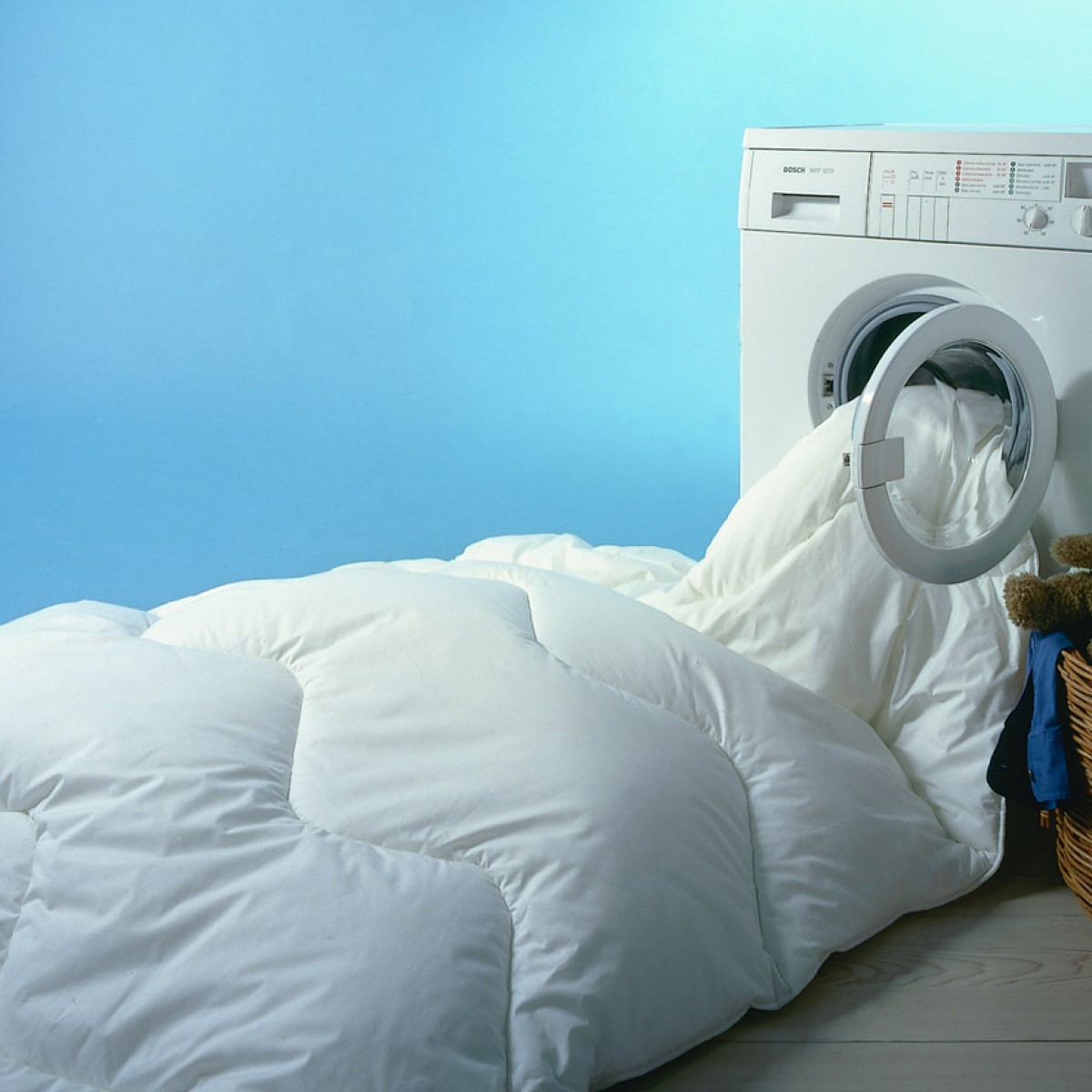 Below are some reasons that why you should clean your duvet covers and  bedding every now and then.