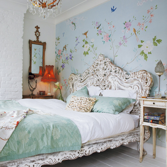 New home interior design take a look inside this eclectic for Victorian bedroom ideas