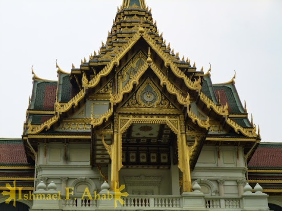 Grand Palace of Bangkok - Thai roof design