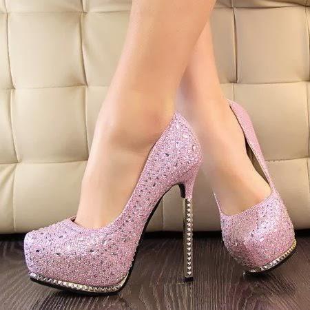 model sepatu high heels warna pink yang cantik