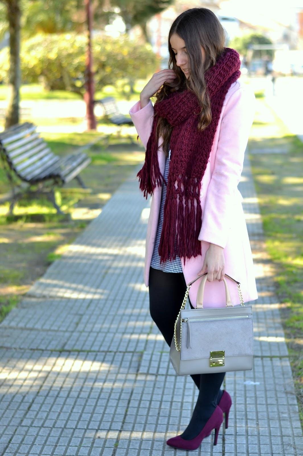 looks abrigo rosa