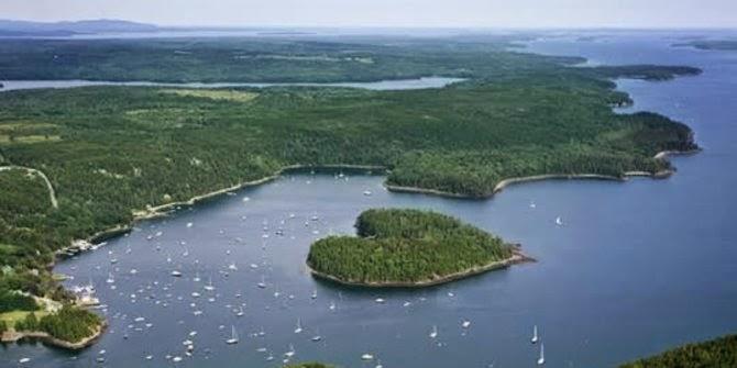 Pulau Berbentuk Hati