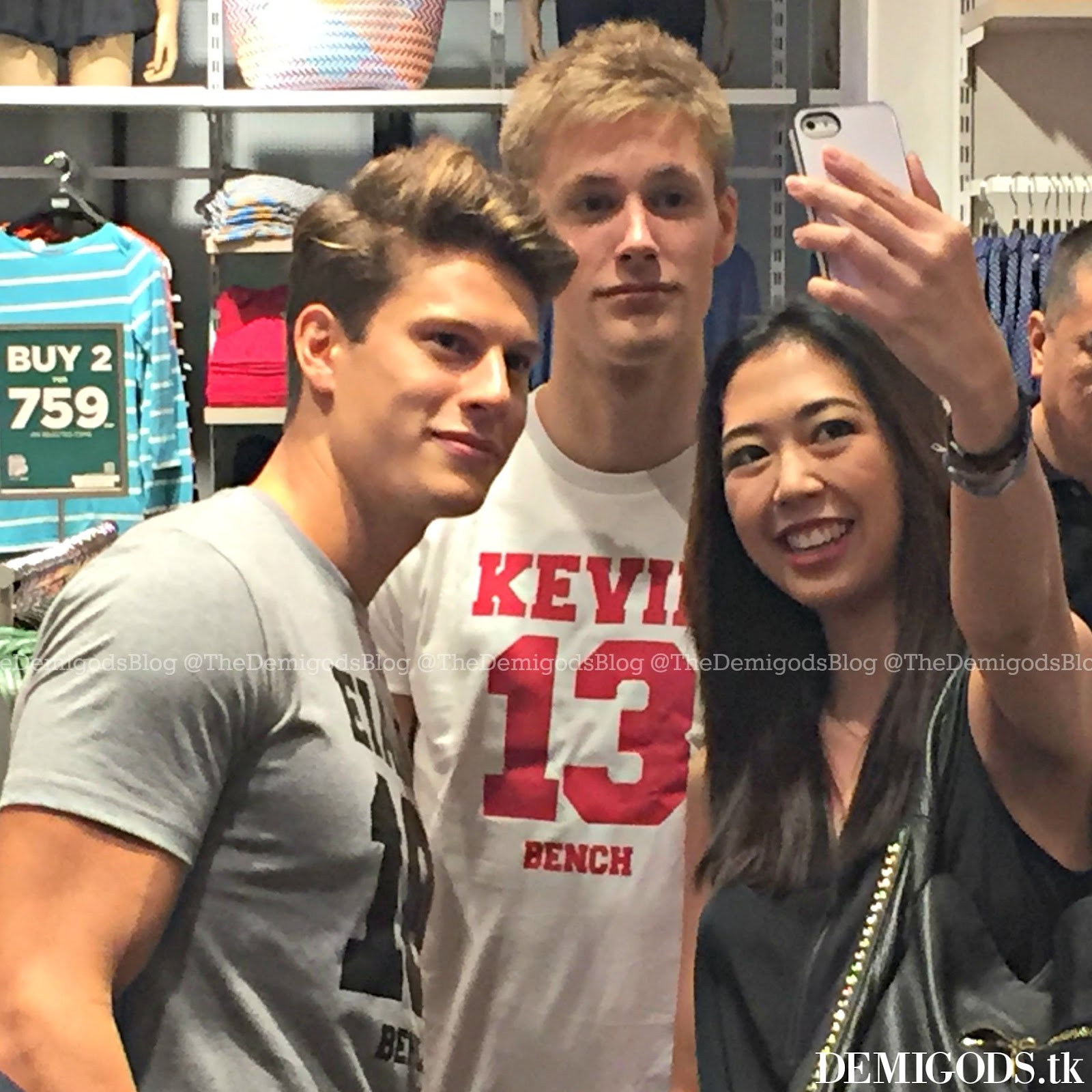 Demigods the bench meet and greet with river viiperi eian scully meet and greet was that it didnt require the fans to buy a specific amount of bench items to meet them you just have to go there and take pictures kristyandbryce Gallery