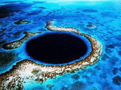 حفر المحيطات الزرقاء Great Blue Hole