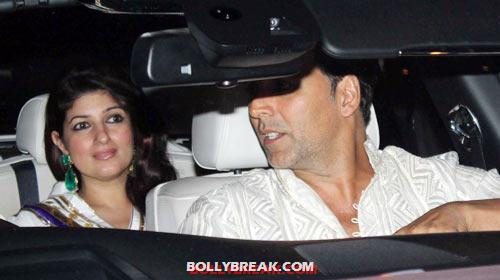 Twinkle and Akshay Kumar - (17) - Amitabh Bachchan Diwali Bash Photos