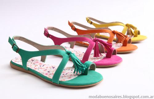 Heyas verano 2013. Moda sandalias, zapatos, chatitas.