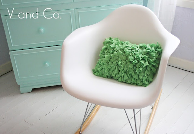v and co how to: shag pillow tutorial