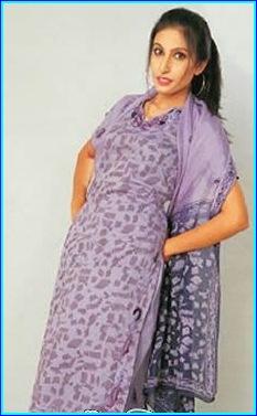 Saima Khan pakistani