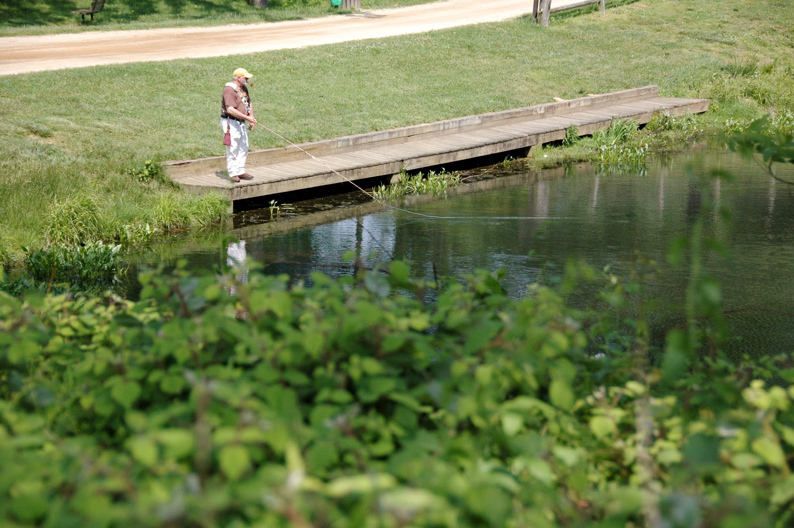 Monmouth county park system drop your line this weekend for Nj freshwater fishing license