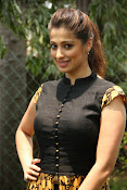 Actress Raai laxmi photos-thumbnail-7