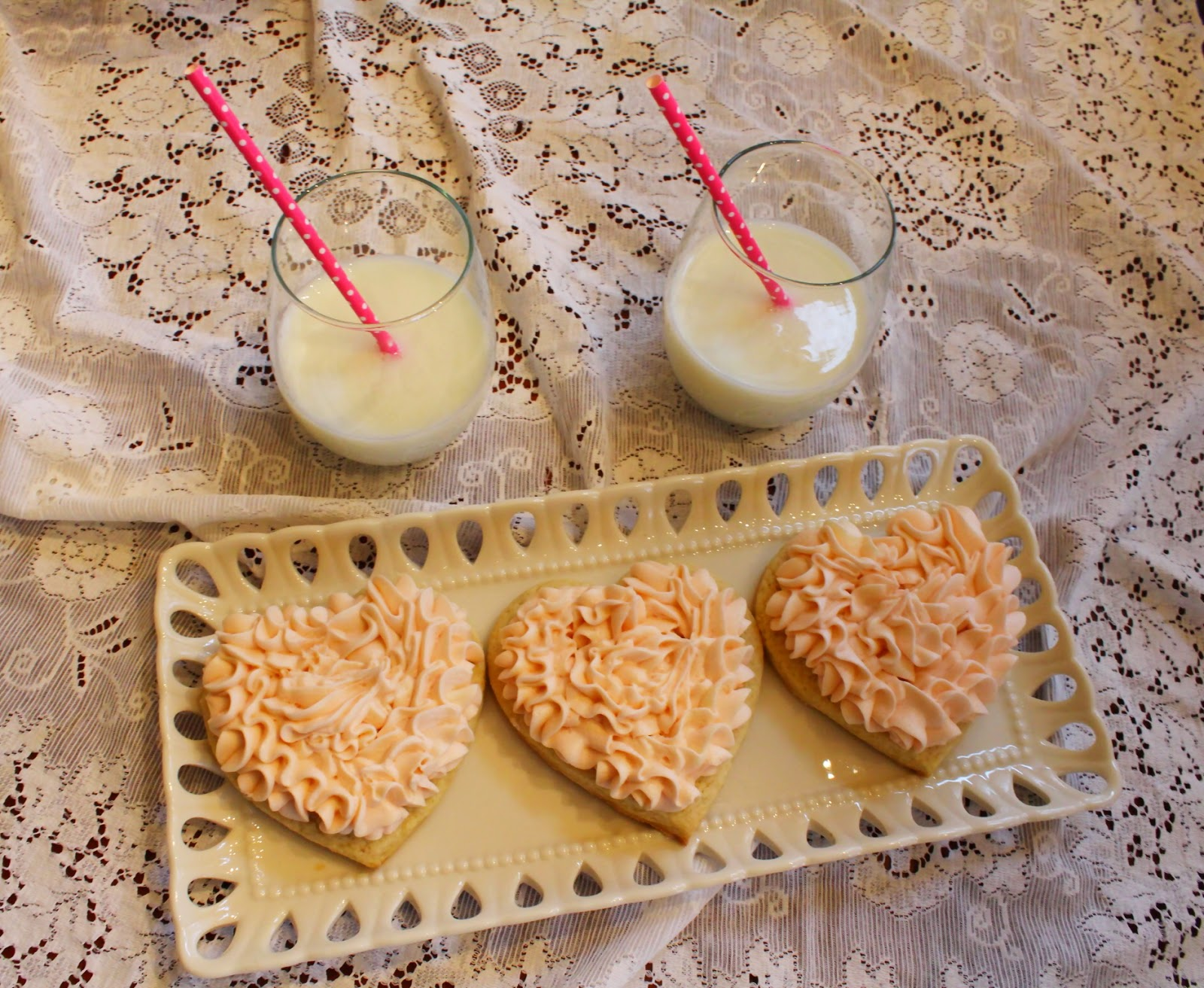 valentines day, valentines treats, cookies, food blogger, lifestyle blogger, mormon blogger, sugar cookies
