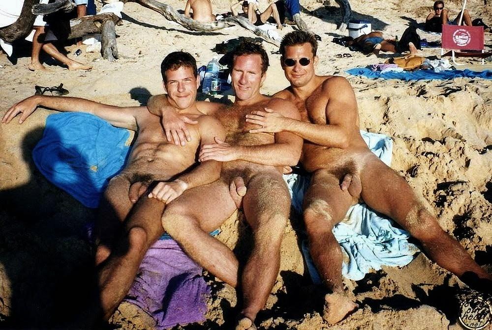 Нудисты фото геи