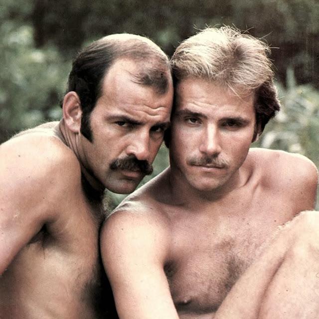 http://pakomx.blogspot.com/2014/02/vintage-classic-couple-paul-storr-mike.html