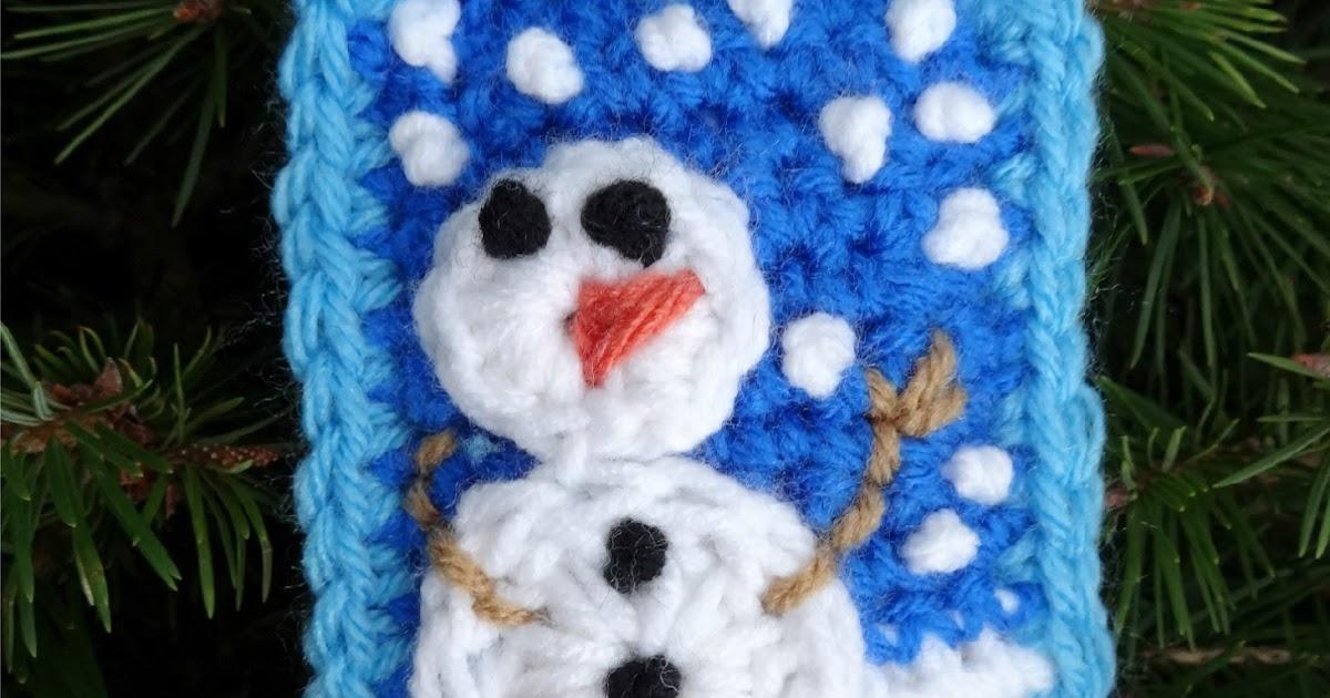Snowman Cushion Knitting Pattern : Fiber Flux: Free Crochet Pattern...Snow Day Pillow Ornament!