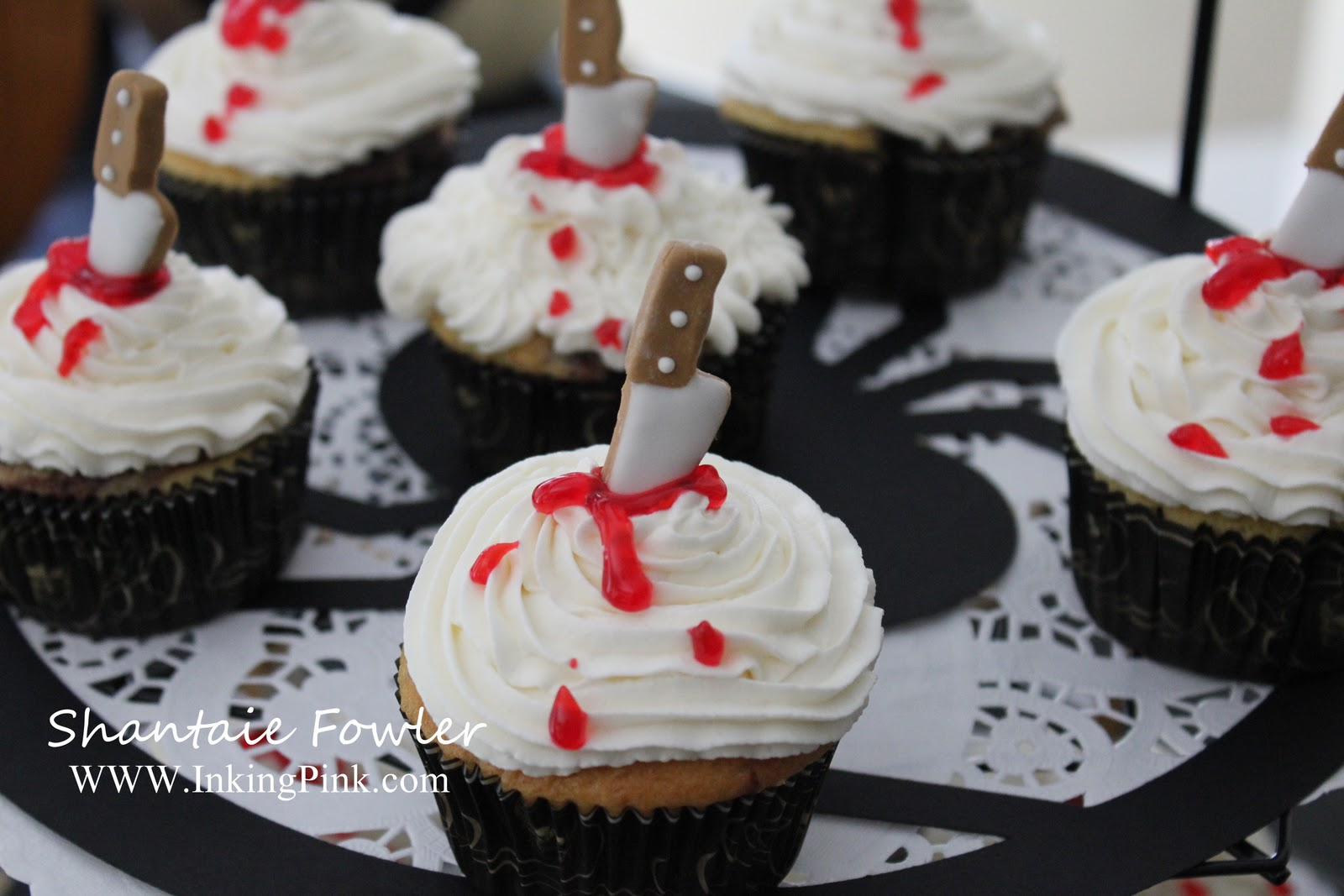 scary movie party for halloween - Martha Stewart Halloween Cakes