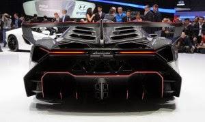 Lamborghini Veneno – Top kecepatan 221 mph