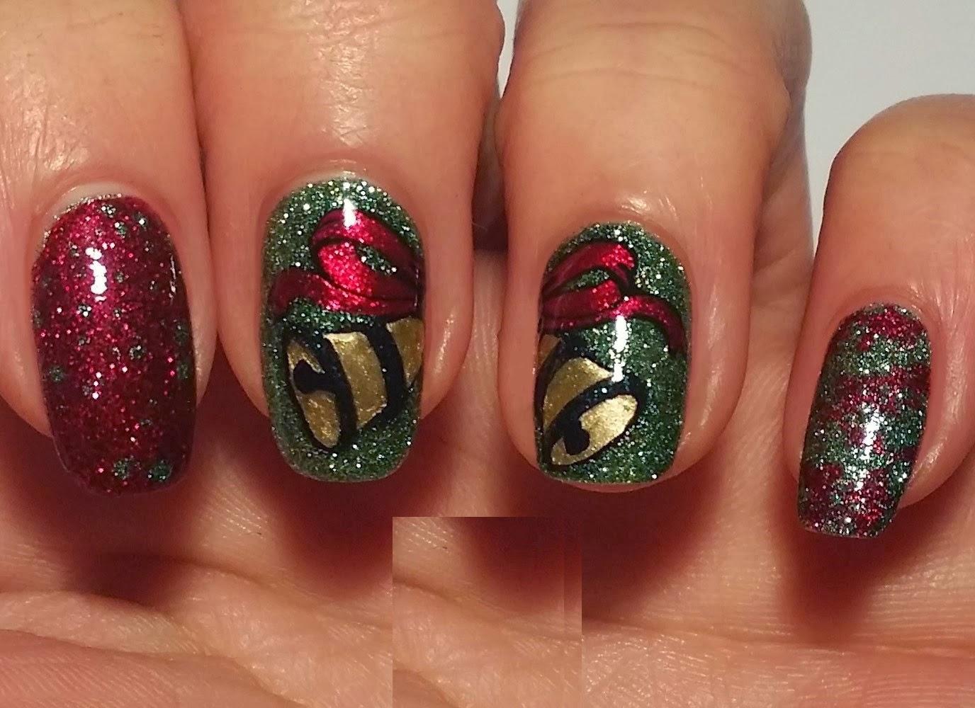 Ногти с петухом фото