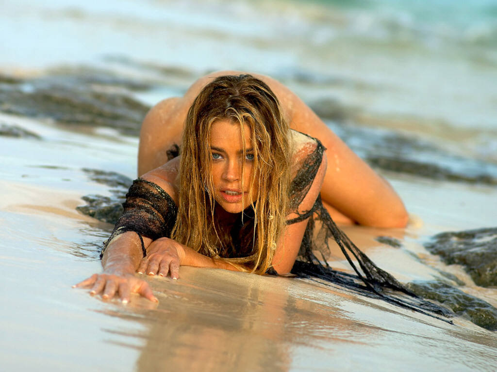 denise richards hot photos