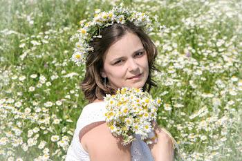 Привет! Меня зовут Ирина! Добро пожаловать в мир моего творчества!