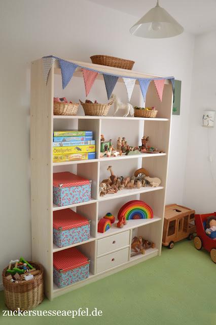endlich mehr ordnung im kinderzimmer zuckers e pfel kreativer familienblog. Black Bedroom Furniture Sets. Home Design Ideas