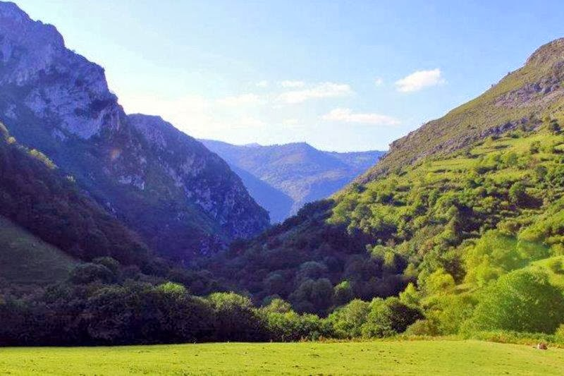 Vistas sobre las montañas – Desfiladero de las Xanas en Asturias