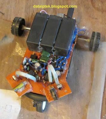 Robot sensor jarak