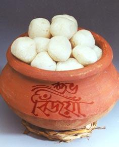 http://3.bp.blogspot.com/-7rd9obt0-sk/To6XaIjZJbI/AAAAAAAADIM/pXmD00akuU0/s1600/subho-bijoya-sweets.jpg