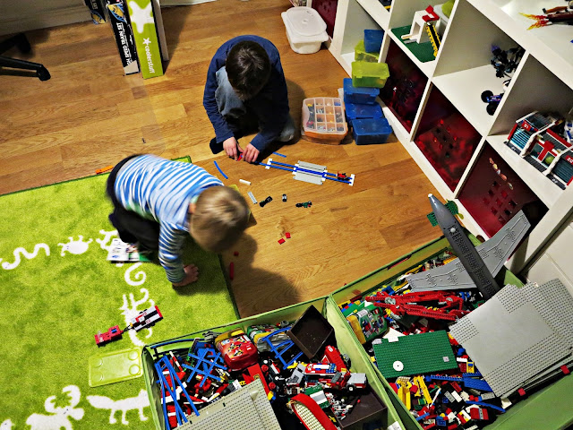 Syskon, bröder, IKEA,