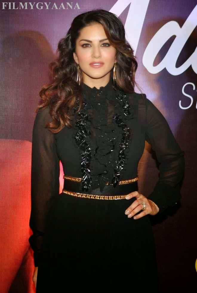 sunny leone looks hot in black dress