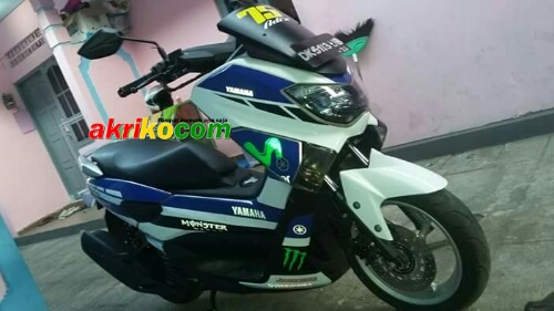 Motor Ini Lagi Trend di Kota Saya di Singaraja yaitu Yamaha Nmax Livery Movistar