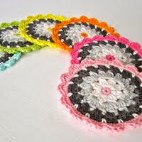 Crochet Pattern Flower Coaster III (Etsy)