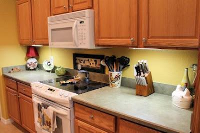 DIY: Kitchen Backsplash