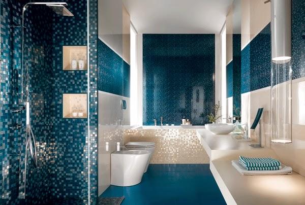 Azulejos Baño Color Azul:Diseño de baño decorado con azulejos azules y blancos Un baño