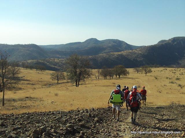 Caminando rumbo al cañón Azul Turquesa